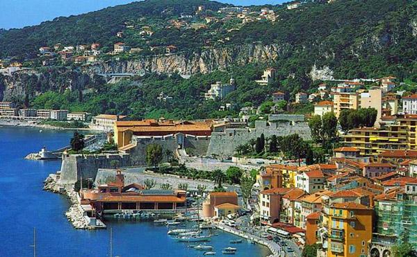 Globcolour project the european service for ocean color - Piscine de villefranche ...